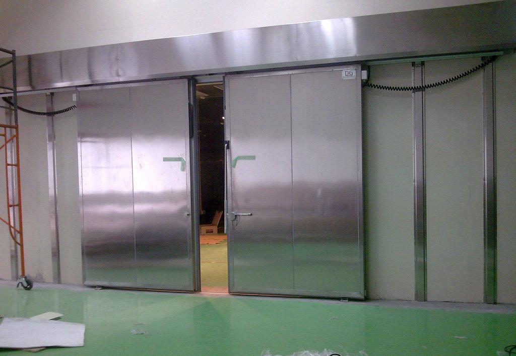 冷库门电动型代表和冷库门的重要性